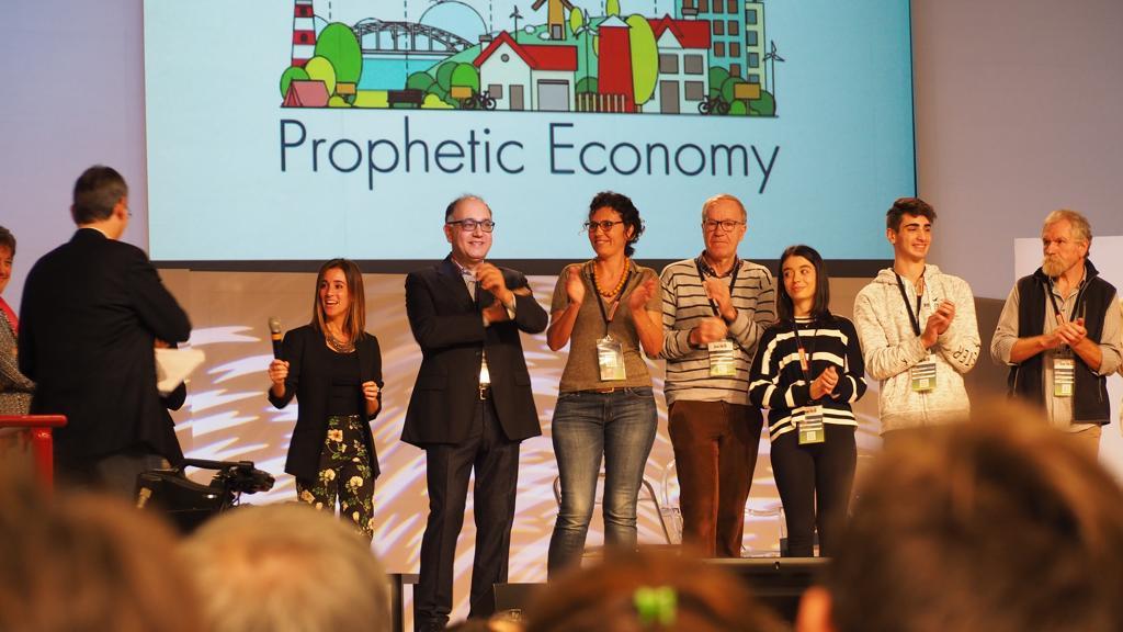 prophetic-economy-2018-palco