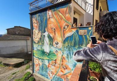 Sant'Angelo: come salvare un borgo antico con murales e fiabe
